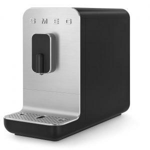Smeg - volautomatische koffiemachine - mat zwart